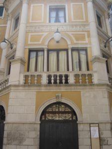 Teatro Malibran, formerly the Teatro San Giovanni Grisostomo, and the Teatro Golden, formerly Teatro San Luca.